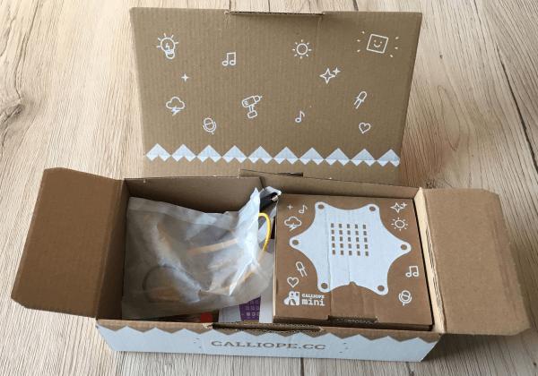 calliope-mini-verpackung-offen
