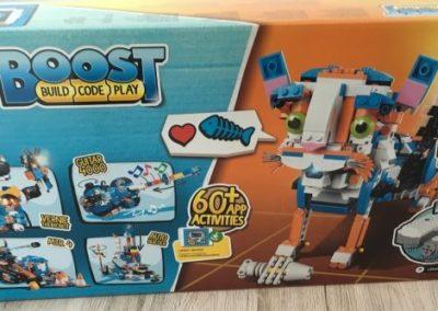 Die Verpackung des LEGO Boost von hinten.
